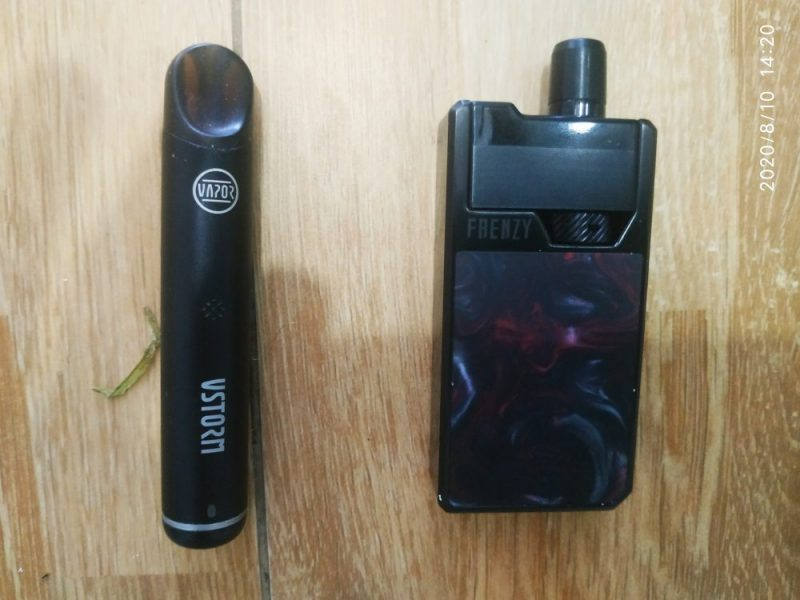 Vaping kits , old - left-, and new